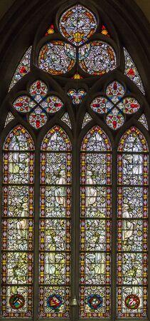 dom: vitrail dans Altenberger Dom, Allemagne