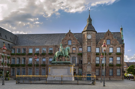 rathaus: city hall of Dusseldorf (Rathaus) with Jan Wellem Equestrian Statue, Germany
