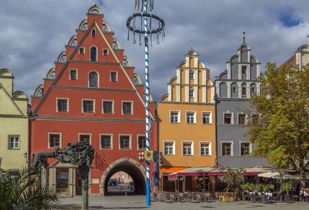 der: colorful historic houses in main square in Weiden in der Oberpfalz, Germany