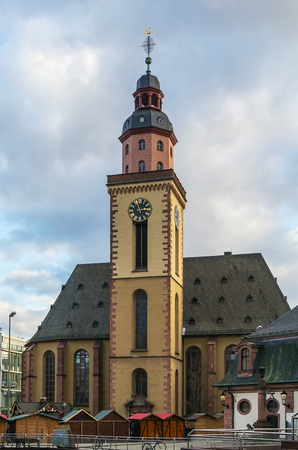 catherine: St. Catherine Church is the largest Lutheran church in Frankfurt am Main, Germany