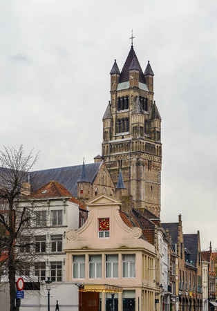 onslaught: St. Salvator Cathedral, the main church of the city, is one of the few buildings in Bruges that have survived the onslaught of the ages without damage, Belgium