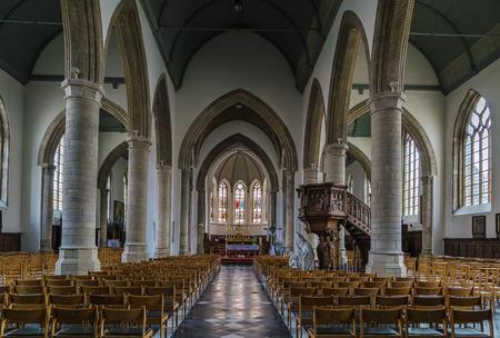 saint nicolas: Interior of church of Saint Nicolas in Veurne, Belgium. Editorial