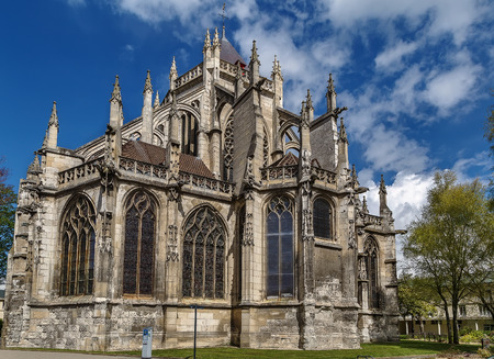 buttresses: Saint Etienne Church represents a harmonious transition from the Romanesque to the Flamboyant Gothic style, Beauvais, France
