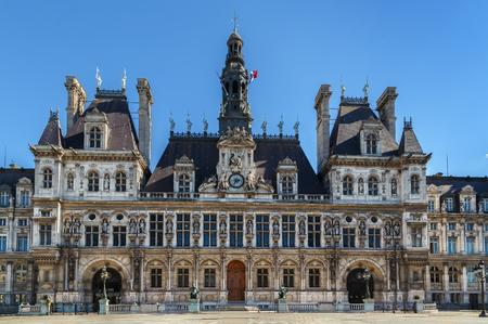 L'Hotel de Ville (municipio) di Parigi, in Francia, è l'edificio che ospita l'amministrazione locale della città