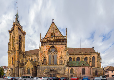 The Eglise Saint-Martin (St. Martin church) is the main church and principal Gothic monument of Colmar, Haut-Rhin, France Standard-Bild