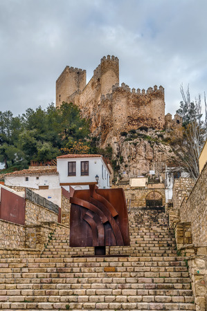 mancha: Castle of Almansa is one of the most beautiful and best-preserved castles in Castile-La Mancha, Spain