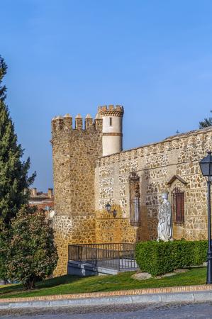 isabel: Monument to Isabel Catholic in Toledo, Spain