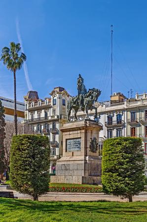 Equestrian Statue Of Jaime I in Parterre Garden, Valencia, Spain 版權商用圖片