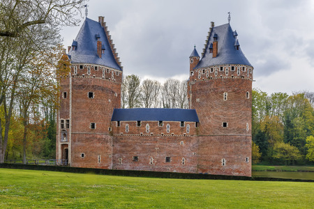 Beersel Castle is located in the Belgian town of Beersel, Flemish Brabant, south of Brussels. It has 3 massive watchtowers, and is surrounded by a wide moat