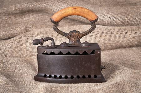 布の背景に古い石炭鉄