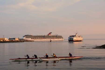 victoria bc: Victoria BC,Canada.Victorias inner harbor is filled with water activity.From cruise ships to ferries to kayaking,Victoria is a fun destination stop