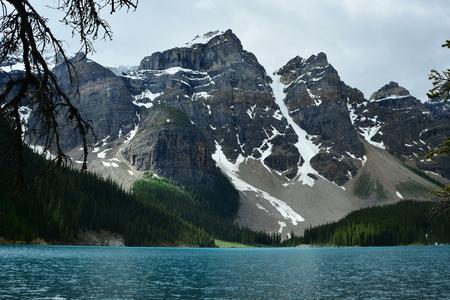alberta: Moraine Lake,Lake Louise,Alberta Canada.