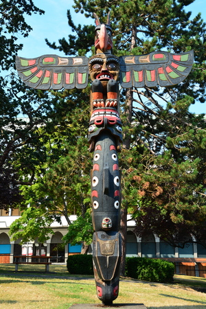 first nations: Thunderbird Park, Victoria British Columbia.