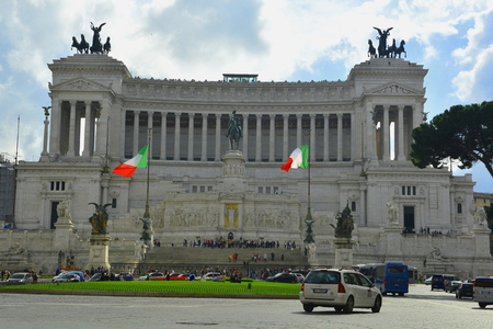 vittorio: The Vittorio Emanuele monument in Rome Italy.