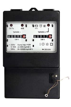 contador electrico: Negro mecánica metro eléctrico de dos arancelaria Aislado sobre fondo blanco Fotografía de estudio