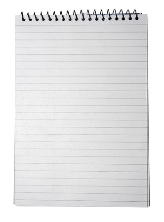 Bloc-notes � rayures papier, reliure et page vide pour votre design ou d'un texte isol� sur fond blanc.