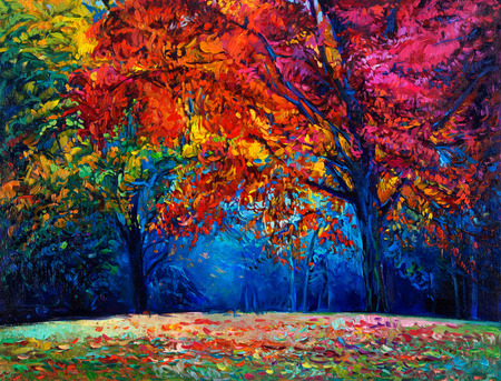 Original oil painting showing beautiful Autumn forest on canvas. Modern Impressionism Foto de archivo