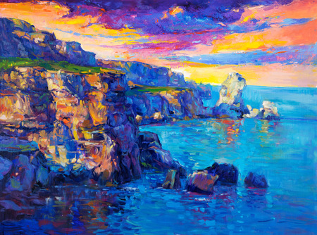 Original oil painting of  Ocean and cliffs on canvas.Rich golden  Sunset over ocean.Modern Impressionism Foto de archivo