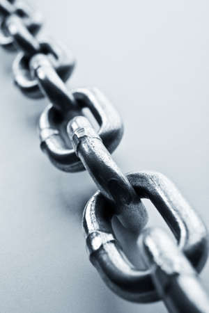 chainlinked: Fragment van schakels van een ketting close up Stockfoto