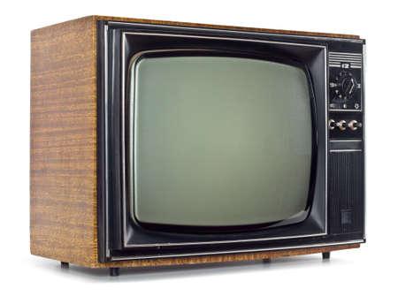 television antigua: El viejo televisor en el fondo blanco