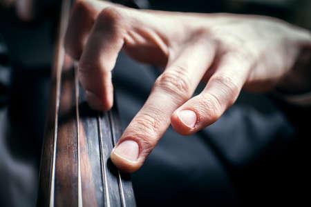 cellist: hand cellist compressive chord
