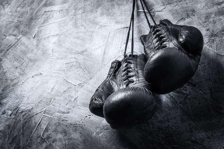 guantes de box: viejos guantes de boxeo
