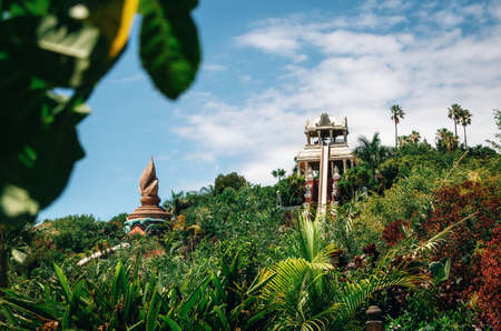 Tenerife, Canary Islands, Spain - May 27, 2017: Kamikaze or Tower of Power water attraction in Siam Park, Costa Adeje. The most spectacular theme park with water attractions in Europe. 新聞圖片