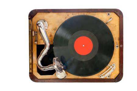 Velho gramofone com vista preto de vinil do objeto superior isolada Banco de Imagens