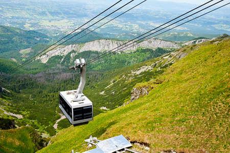 gondola bonde a�reo nas montanhas de Tatra