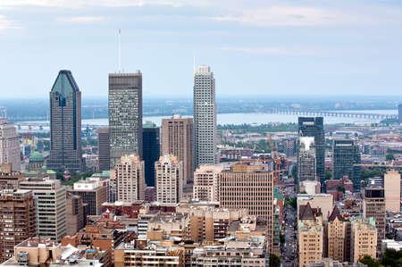 Montreal skyline - vista do Mount Royal durante o dia