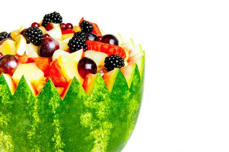 close-up de isolado tigela de salada de fruta fresca de ver