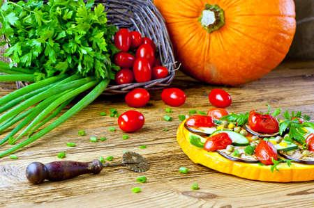 健康な野菜ピザ コンセプト - かぼちゃと野菜のピザ