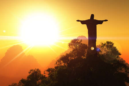 Corcovado monta�a en la puesta del sol