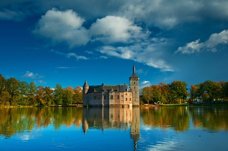 Nice medieval castle in Belgium  Stock Photo - 16652018