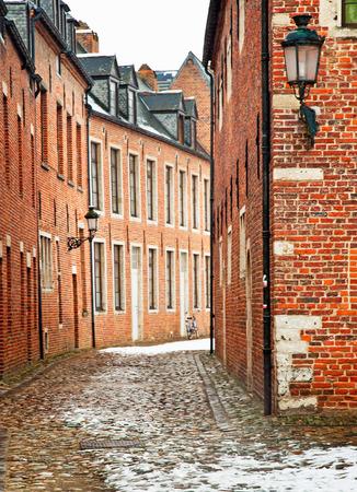 Vecchia città di Leuven, Belgio in inverno