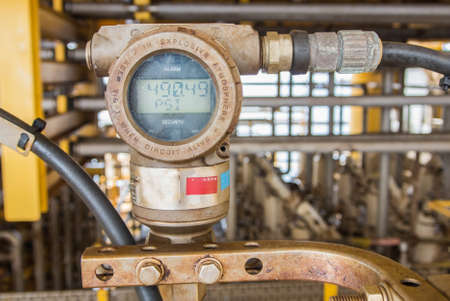 gas gauge: pressure guage in oil and gas industry