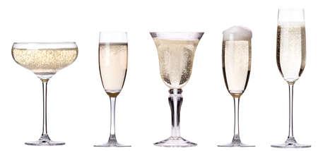 Glas Champagner Satz auf einem weißen Hintergrund