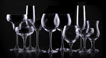 set met verschillende lege glazen