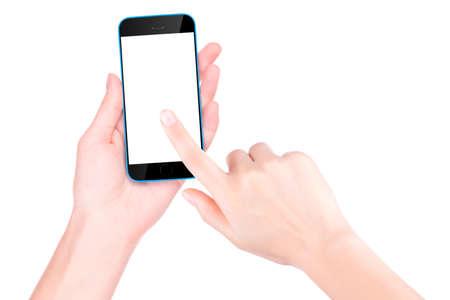 빈 화면이 검은 색 스마트 폰을 들고 손