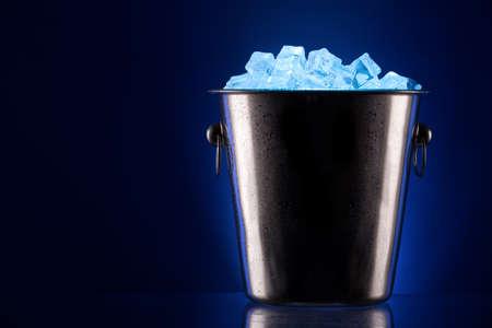 champán cubo de metal de hielo Foto de archivo