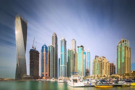 The beauty panorama of Dubai marina. UAE 版權商用圖片 - 39105325
