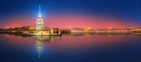 乙女の塔や Kiz クレシ イスタンブール, トルコ 写真素材