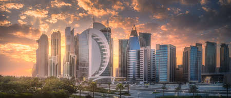 Skyline of West Bay and Doha City Center, Qatar Archivio Fotografico