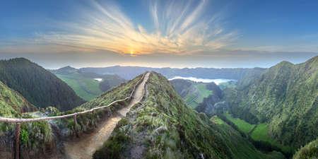 Berglandschaft Insel Ponta Delgada, Azoren Portugal Standard-Bild
