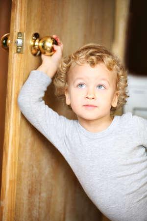 dread: Kid opened a door.