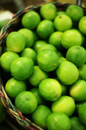 lime in basket 版權商用圖片