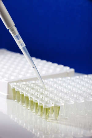 science tips: Plastic tubes for DNA amplification and loading pipette