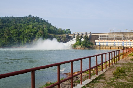 Nam Ngum Dam, Laos Stock Photo - 10694000