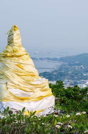 chang: pagoda at Si Chang Island, Chonburi