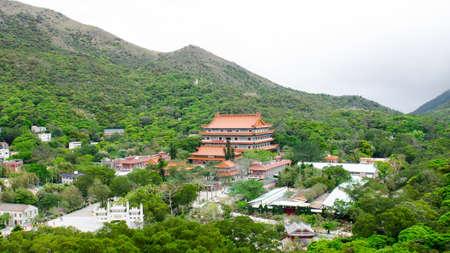 Po 林修道院、大仏があるがゴンピン ランタオ島、Hong Kong の Ping 高原に位置する仏教の僧院 報道画像